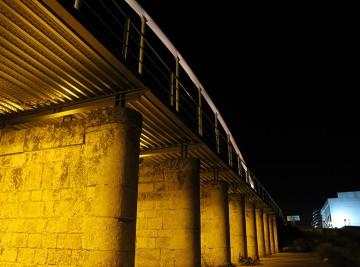 Detalle noche remodelación Puente Tren Chicharra Yecla